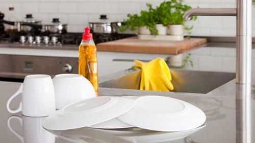 Vệ sinh máy rửa bát giúp bếp của bạn trở nên bóng bẩy 1