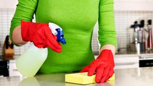 Vệ sinh máy rửa bát giúp bếp của bạn trở nên bóng bẩy 2