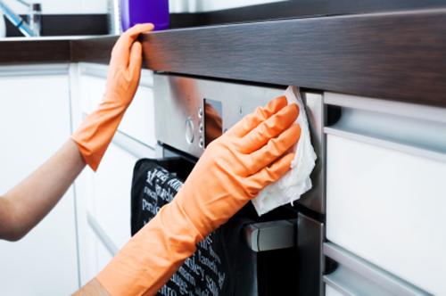 Vệ sinh máy rửa bát giúp bếp của bạn trở nên bóng bẩy 5