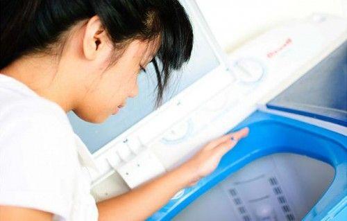 Chuyên sửa máy giặt bị rỉ nước tại Ba Đình